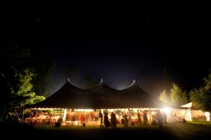 Béreljen sátrat kültéri rendezvényekhez!
